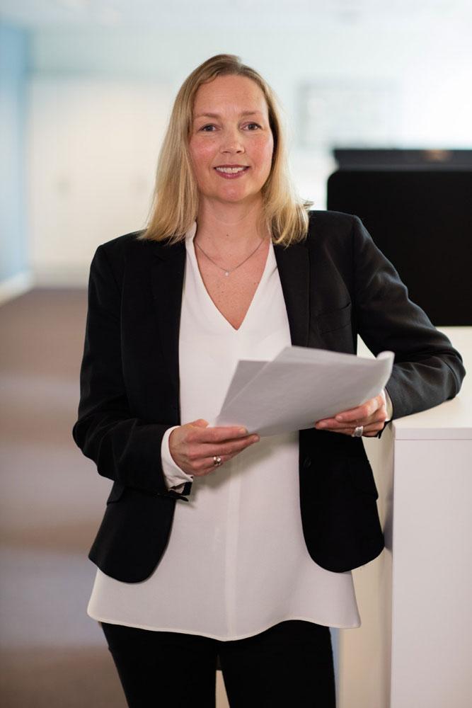 Hedvig Bengston: – Mange blir overrasket når de hører hvilke krefter som står bak størstedelen av handelen med piratkopier (Foto: Patentstyret)