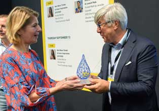 Velvetex vant den gjeve prisen Blue Drop (Foto: MooD+Indigo)