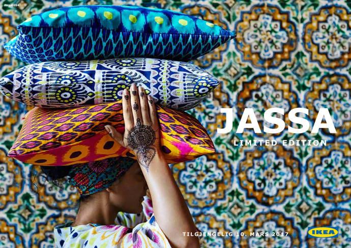 JASSA kjennetegnes av kurvede linjer, naturmaterialer og tekstiler med lekende mønstre som kommer til å fylle hjemmet med avslappet sommerstemning hele året.