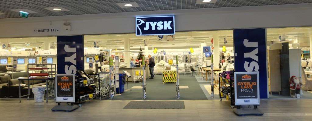 En av 2400 JYSK-butikker er å finne i Lyngdal. (Arkivfoto: Odd Henrik Vanebo)