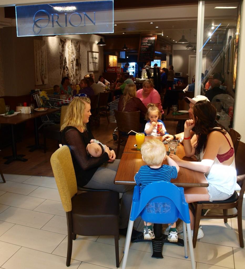 Stolen er viktig for matopplevelsen cafeer som i gode restauranter. (Illustrasjonsfoto: Odd Henrik Vanebo)