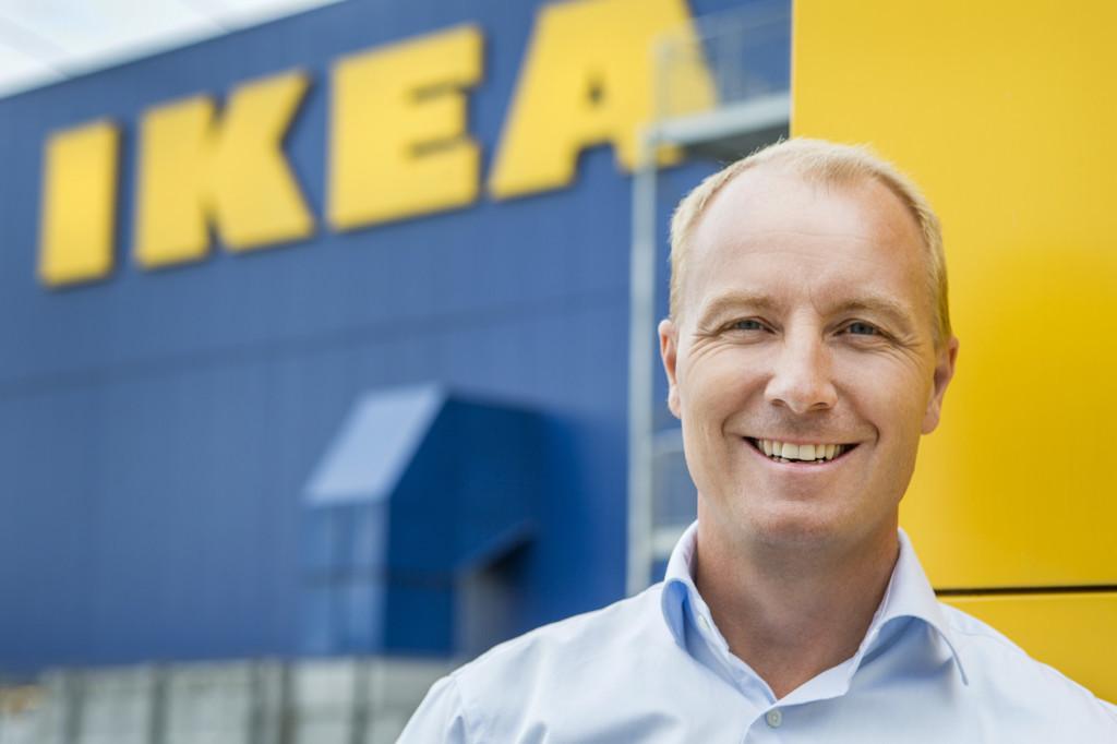 Jakob Holmström: – Vi håper det skal avta. Vi ser ikke hva som er morsomt med det de gjør. (Foto: Ikea)