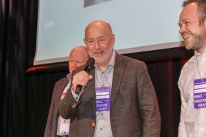 Jensen gikk til topps i kategorien Årets merkevarebygger. På scenen er det Jan Erik Krohn som har ordet. Foto: Kristin Jacobsen / Studio Oscar