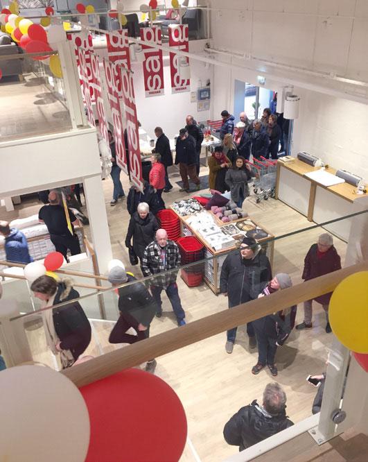 Kundene strømmet til da Skeidar Bjørkelangen åpnet 27. desember, hvor varehuset