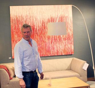 Blåmann – også litt galleri. For tiden gir veggene plass til kunst av Nesøya-kunstneren Pippip Ferner.