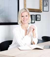 Annette Hoff