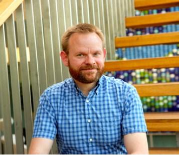 Are Lyubråten er ansvarlig for Mobelfakta.no og miljøarbeidet i Norsk Industri Designindustrien